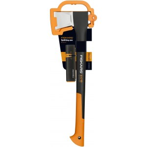 Axe Fiskars X17 + Sharpener
